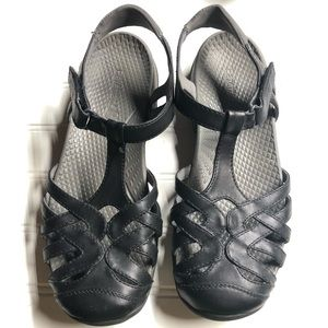 "Baretraps ""Feena"" Black Sandals Womens 9"